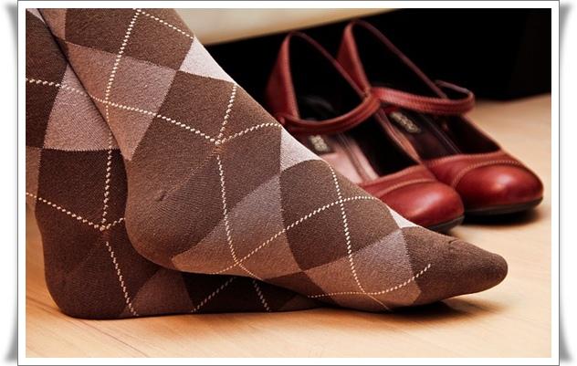 Manfaat mengenakan kaos kaki