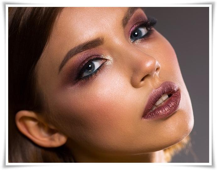 Bahaya makeup