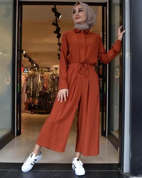Tips Memilih Baju Wanita Sesuai Bentuk Tubuh