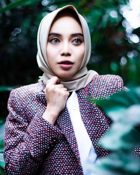 Tata Rias Hijab